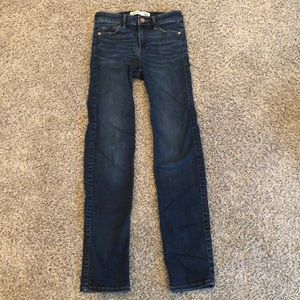 Straight Mid Rise Blue Jeans